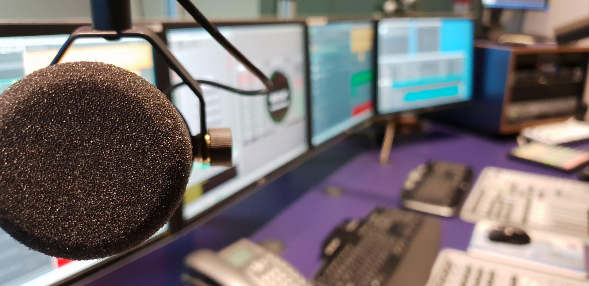 Studio Pro FM